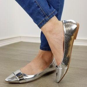 Shoes - Silver Metallic Pointy Toe Slip On Flats -U